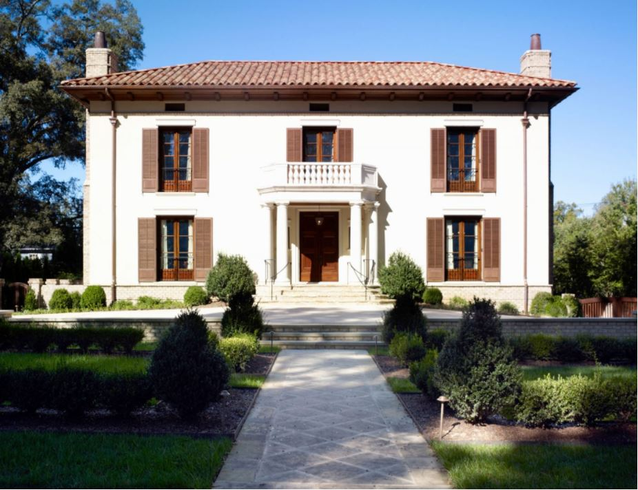 Featured Projects In Charlotte S Old But Elegant Neighborhood Myers Park The Firm Designed A Tuscan Style Estate With Plaster Interior Walls